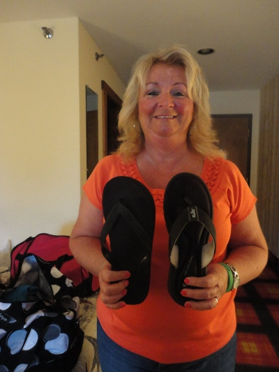 "Just had to add this. Not only are the flip-flops Linda brought from different pairs, they are also for the right foot. Nobody laughs harder at this typical ""Linda thing"" than Linda."