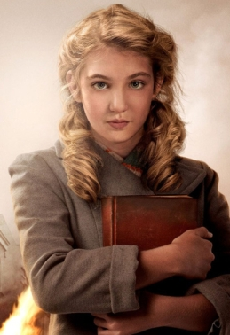 liesel-book-thief-2